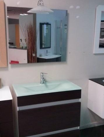 Outlet de baños, hidromasaje y cabinas